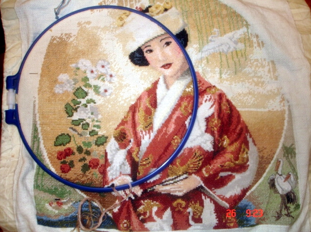 """Вышивка """"Японская девушка""""."""